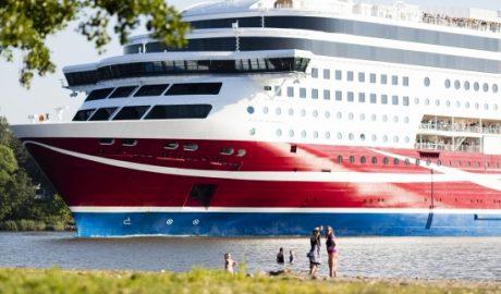 ruotsinlaiva-ruissalon-kansanpuistossa_kuva-sanna-moisala-550x500